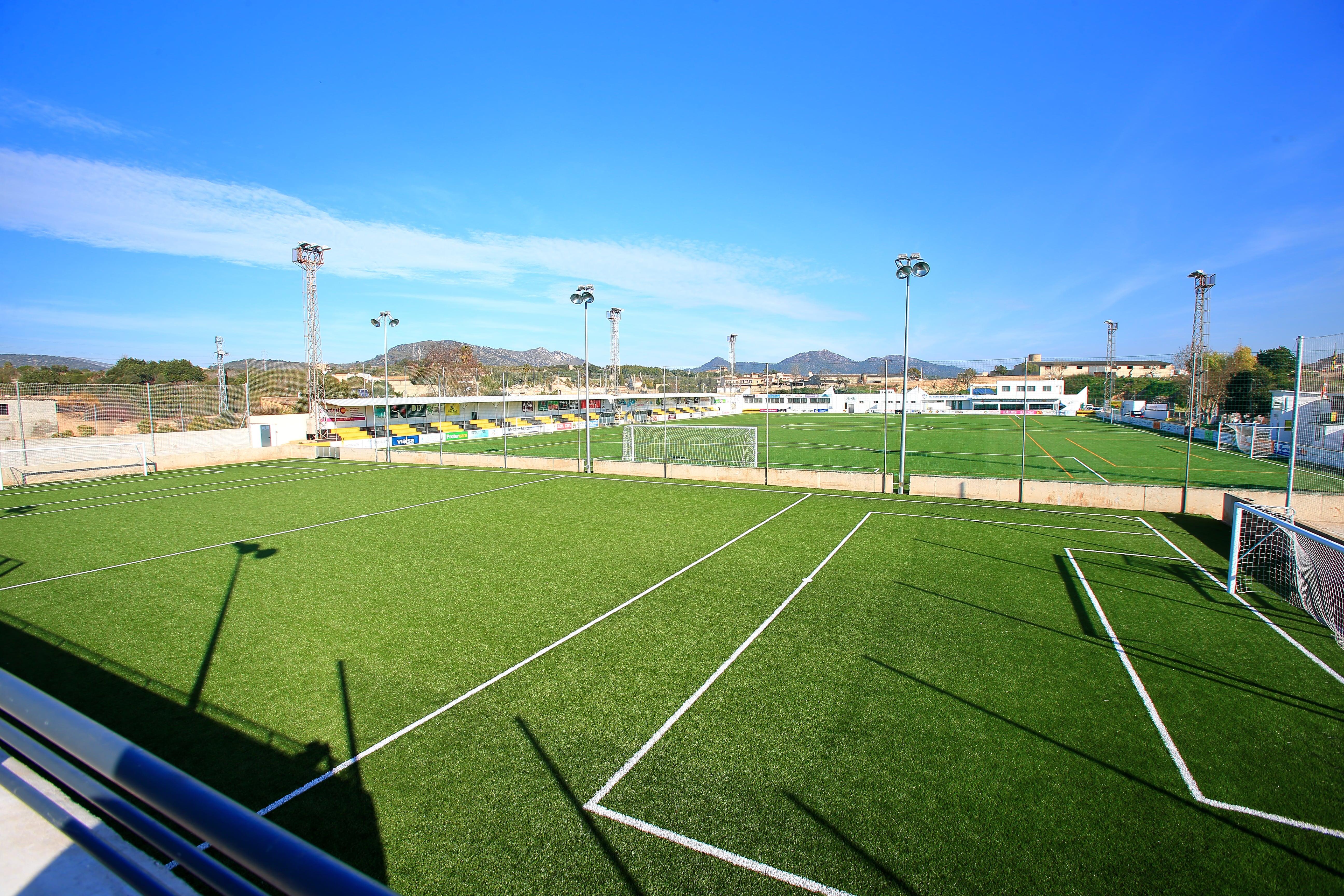 Camp de futbol d'entrenament